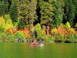 Fish-Lake-Fall-Colors