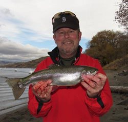 Lake-Roosevelt-Tom-with-trout